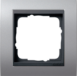 Afdekramen Gira Event kleur aluminium met antraciet