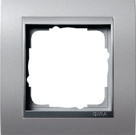 Afdekramen Gira Event kleur aluminium met kleur aluminium